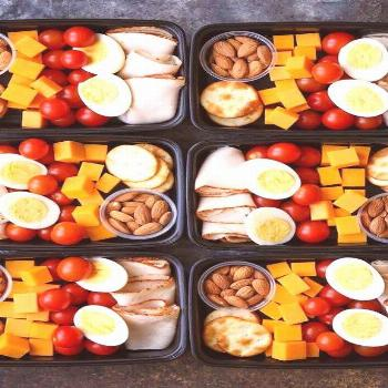 Deli Snack Box - Prep for the week ahead with these healthy, budget-friendly snack boxes! High prot